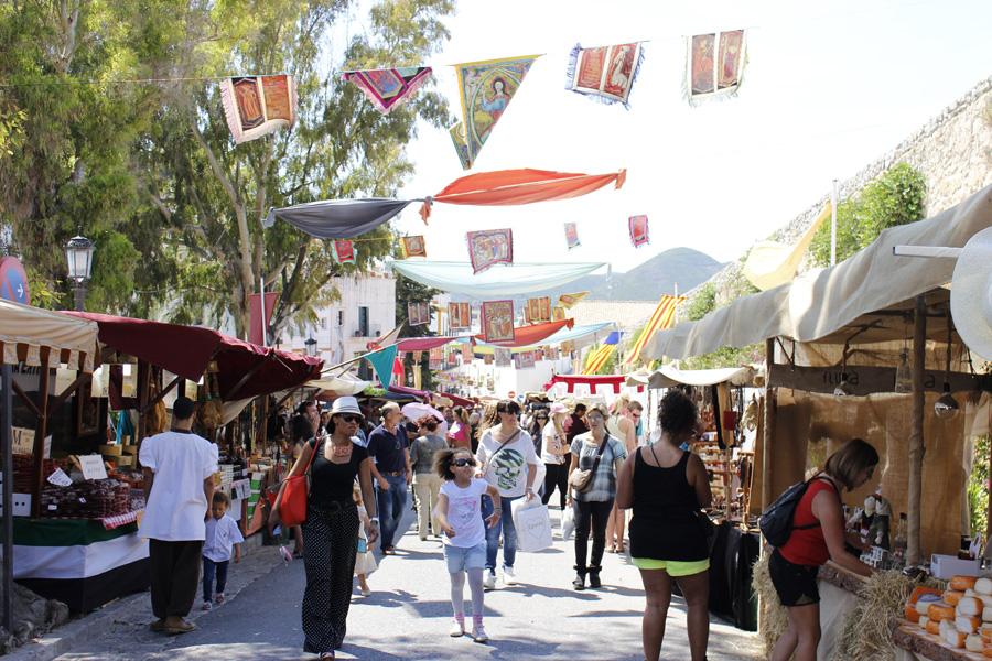 El fin de semana de 'Ibiza Medieval' supone el espaldarazo definitivo de inicio de la temporada turística.