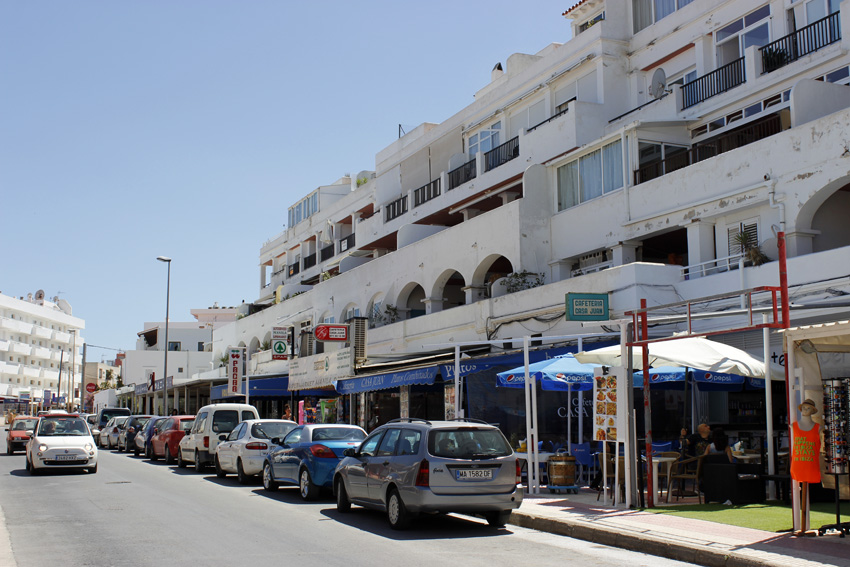 Aspecto de una de las calles de Es Canar