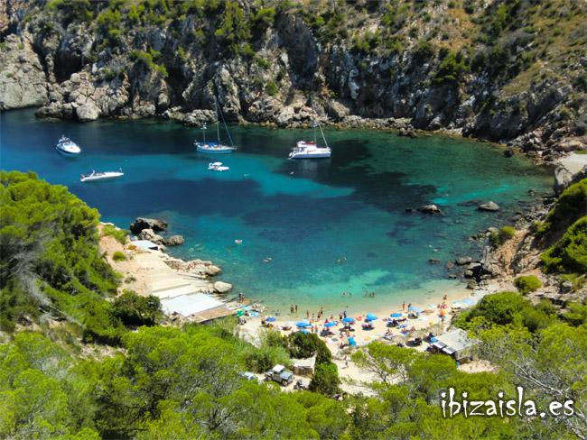 Cala d'en Serra en el norte de Ibiza