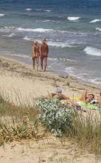 playa gay de ibiza es cavallet