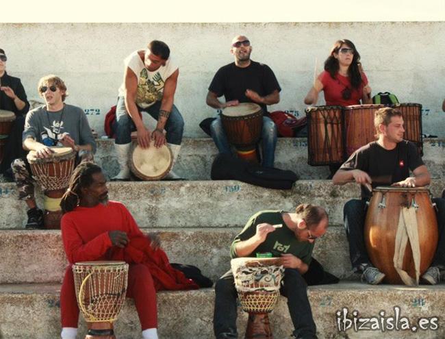 tambores, mercadillos, ibiza