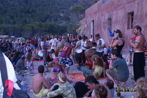 Fiesta de los tambores en Benirràs