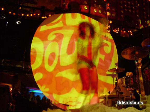 las mejores fiestas de Ibiza Flower Power