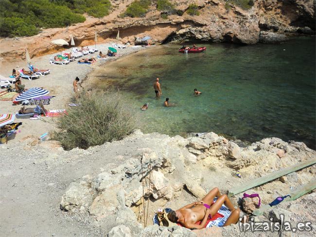 cala olivera playa ibiza