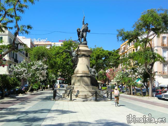 monumento al General Vara de Rey ibiza