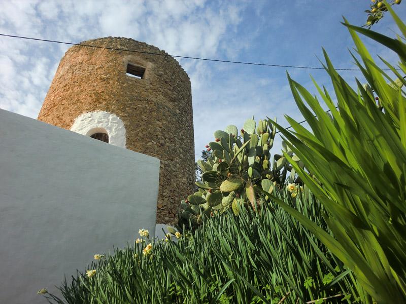 El pequeño núcleo de Balàfia es un excelente ejemplo de la arquitectura rural de Ibiza