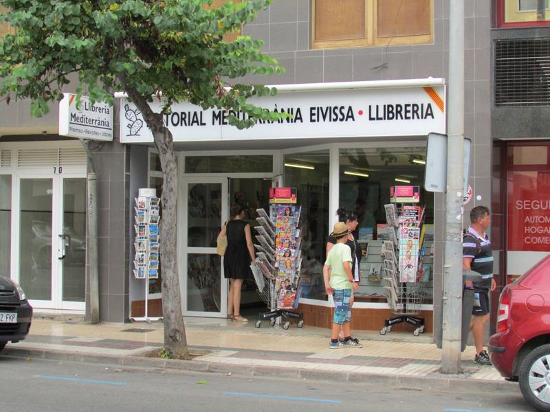 Aspecto del exterior de la Llibreria Mediterrània