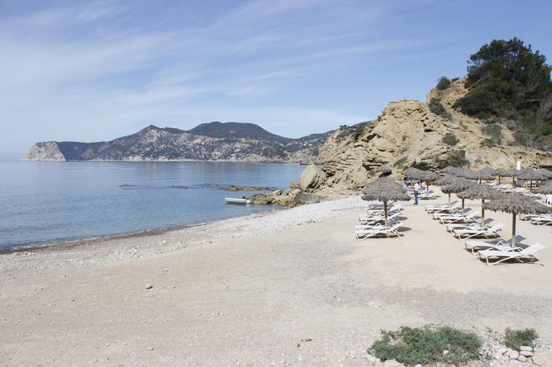 Panorámica de la playa de Es Torrent (Ibiza)