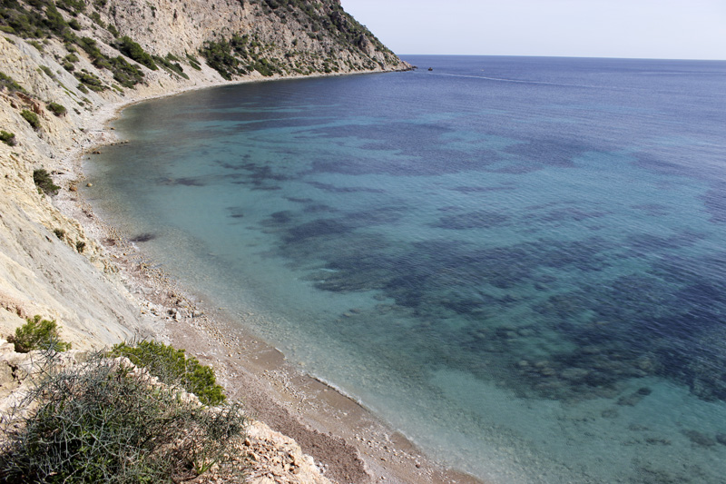 Sol d'en Serra presume de agua de bellos tonos de azul