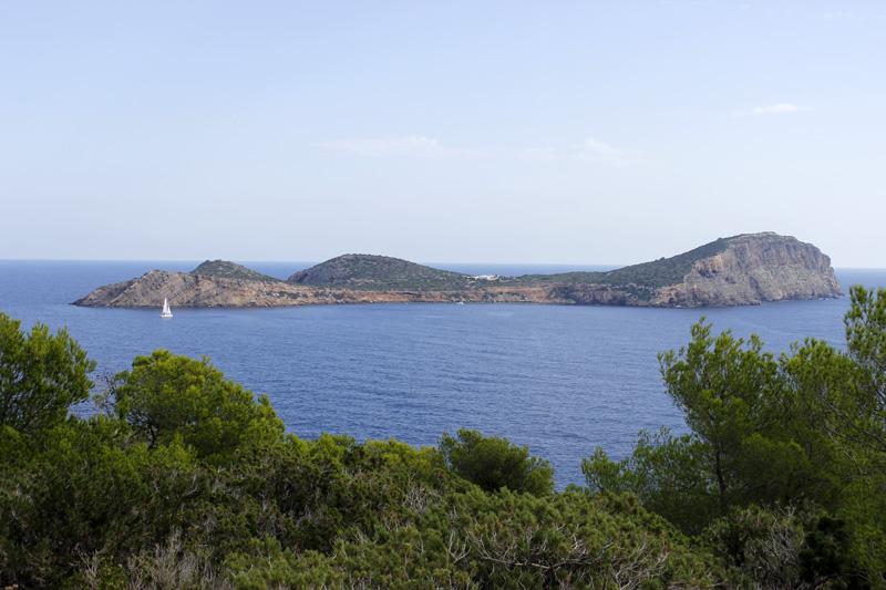 El islote de Tagomago, desde la Torre d'en Valls