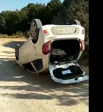 coche volcado ibiza